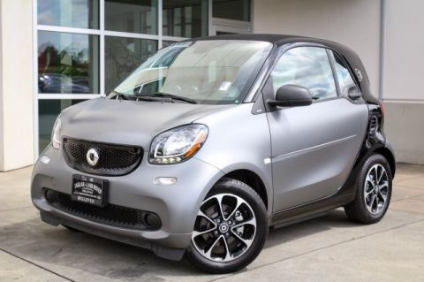 Pre-Owned 2017 smart fortwo electric drive passion
